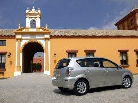Ver foto 19 de Toyota Corolla Verso 2004