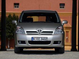 Ver foto 18 de Toyota Corolla Verso 2004