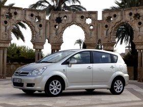 Ver foto 16 de Toyota Corolla Verso 2004