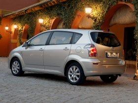 Ver foto 15 de Toyota Corolla Verso 2004