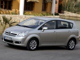Ver foto 29 de Toyota Corolla Verso 2004