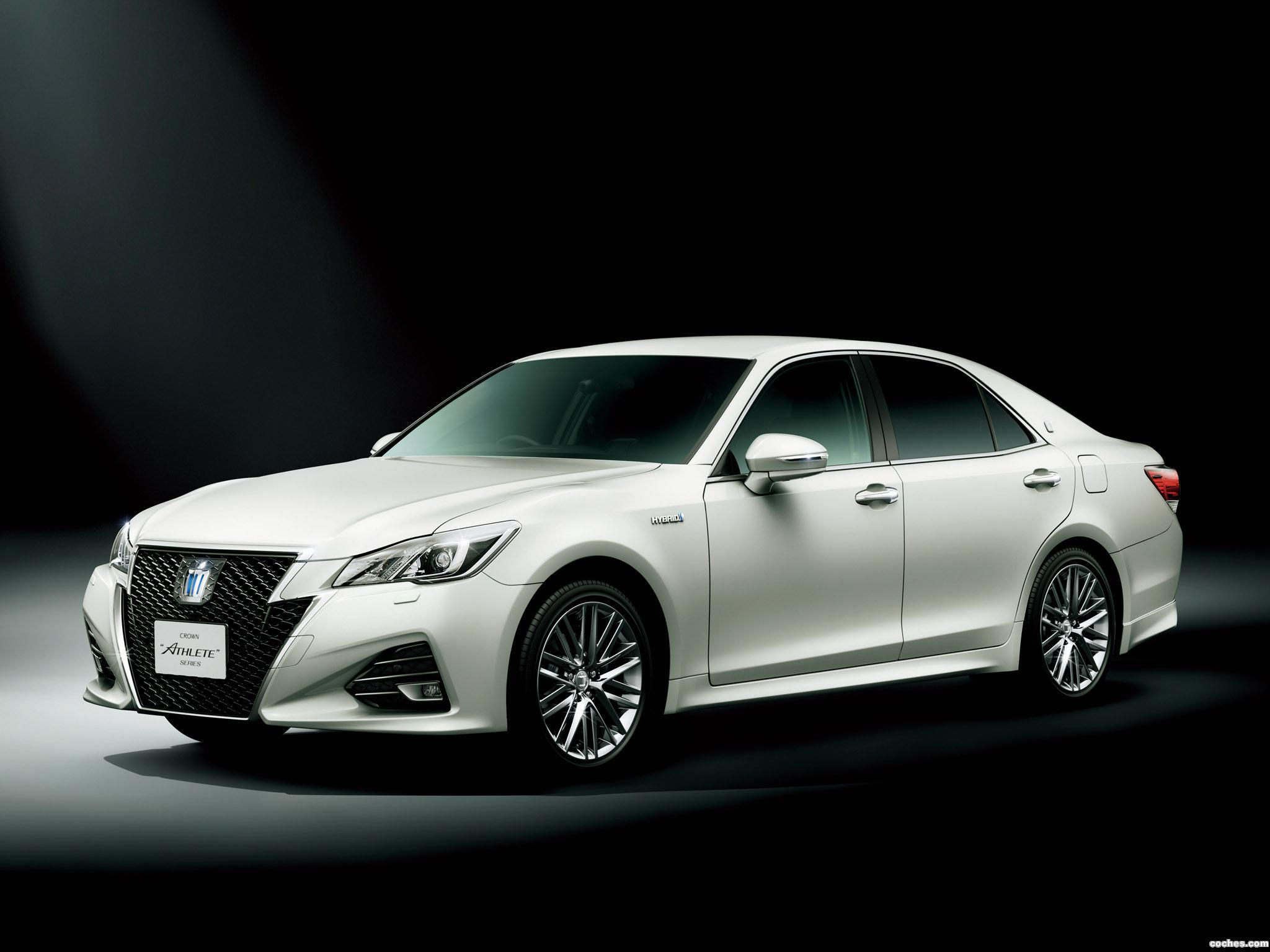 Foto 0 de Toyota Crown Athlete G Hybrid S210 2015