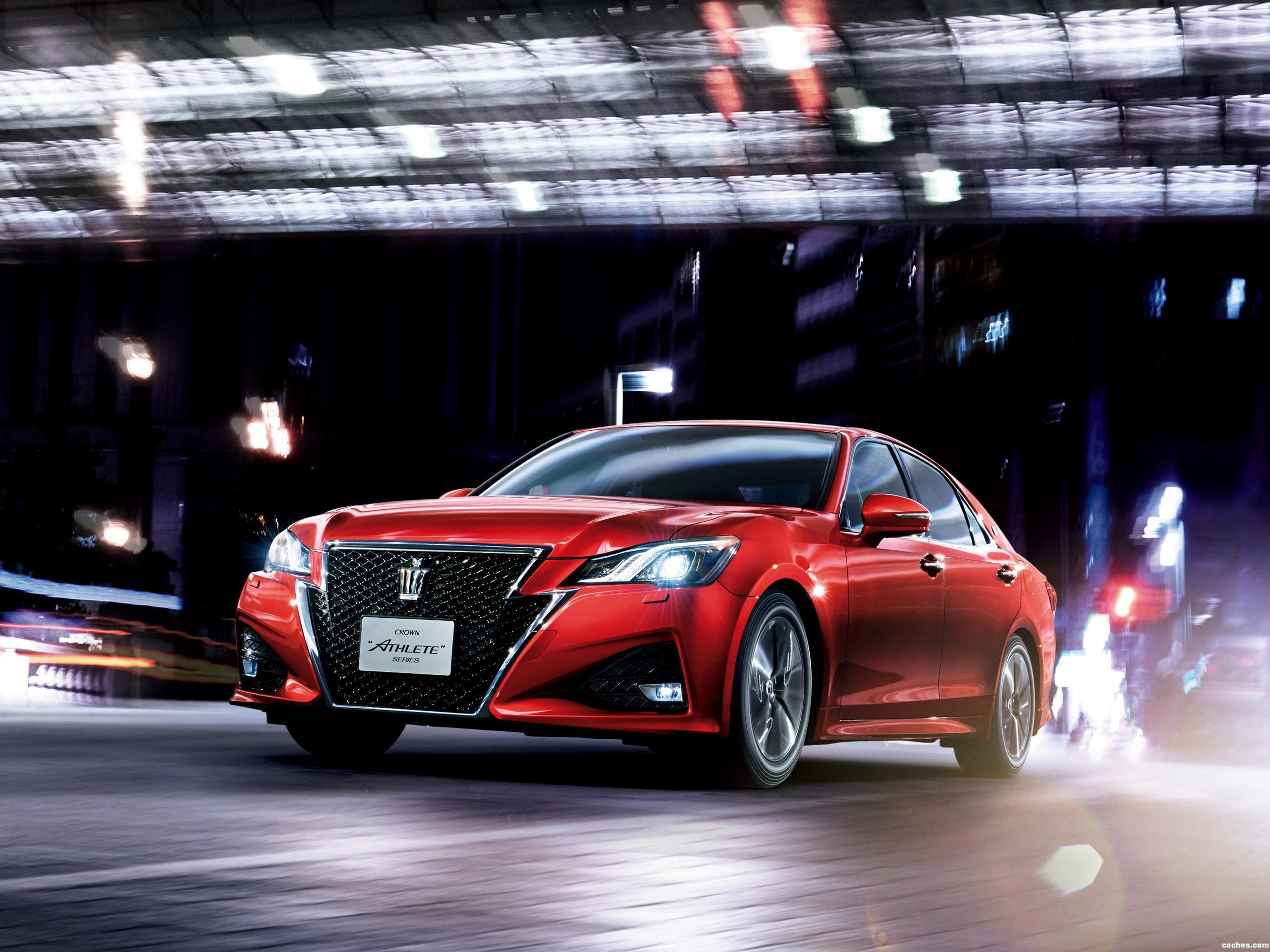Foto 0 de Toyota Crown Athlete G S210 2015