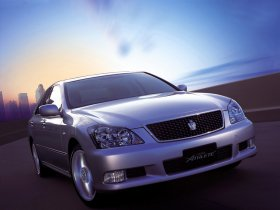 Fotos de Toyota Crown Athlete S180 2003