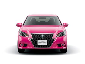 Ver foto 3 de Toyota Crown Hybrid Athlete Pink S210 2013