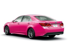Ver foto 2 de Toyota Crown Hybrid Athlete Pink S210 2013