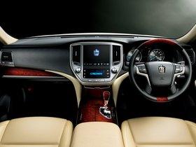 Ver foto 8 de Toyota Crown Majesta S210 2013