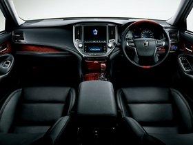 Ver foto 7 de Toyota Crown Majesta S210 2013