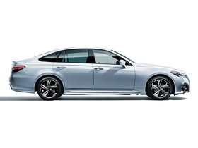 Ver foto 2 de Toyota Crown RS Advance  2018
