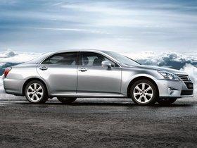 Ver foto 2 de Toyota Crown Royal Saloon VIP 2012