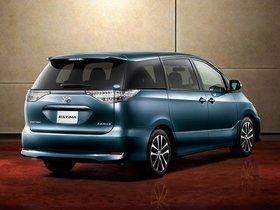 Ver foto 2 de Toyota Estima Aeras 2012
