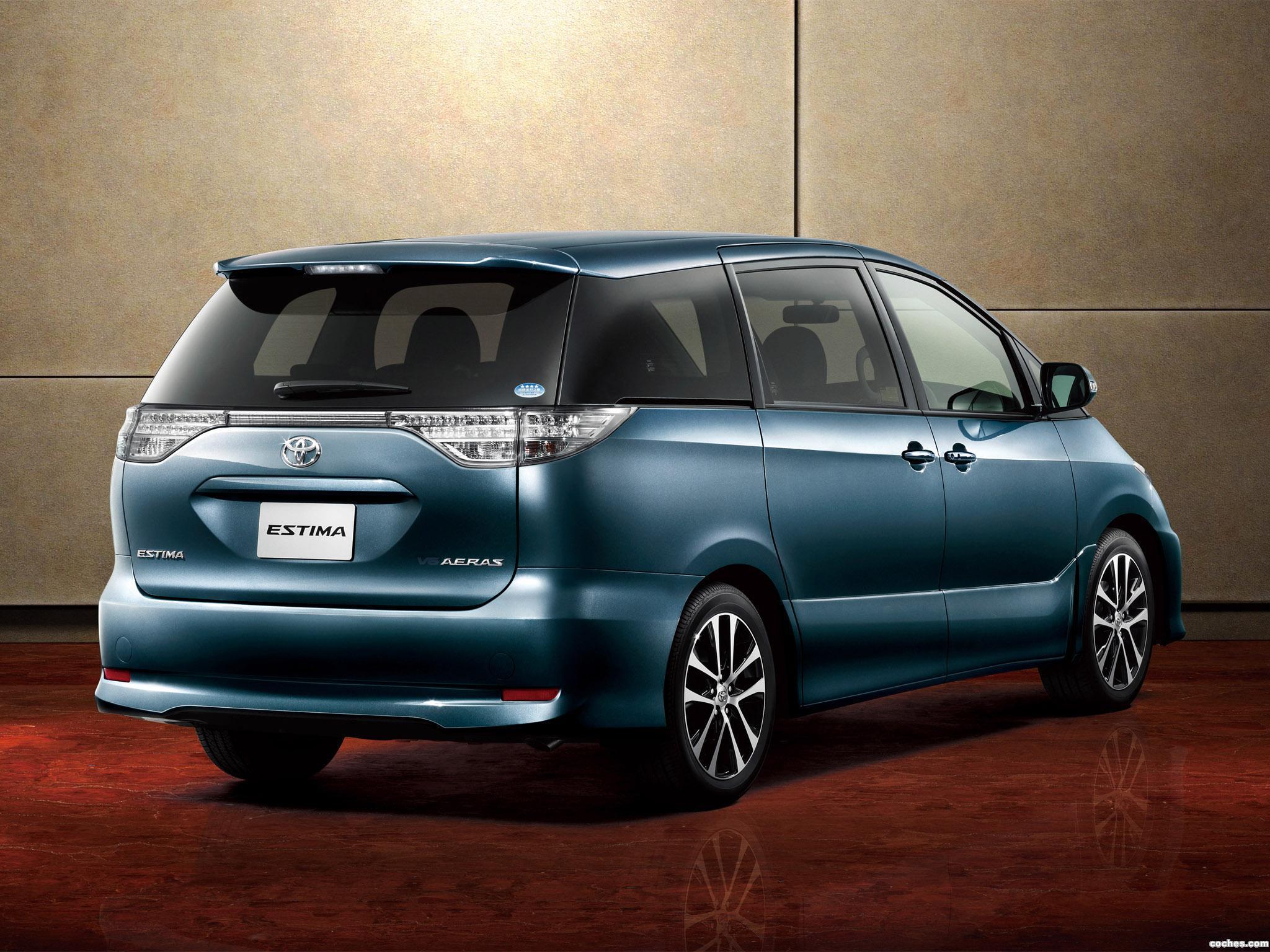 Foto 1 de Toyota Estima Aeras 2012