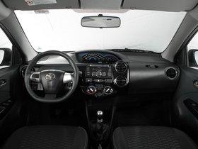 Ver foto 6 de Toyota Etios Cross 2013