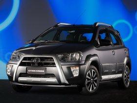 Ver foto 13 de Toyota Etios Cross 2013