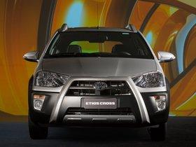 Ver foto 10 de Toyota Etios Cross 2013