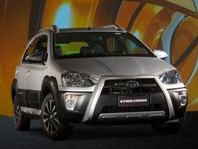 Ver foto 9 de Toyota Etios Cross 2013