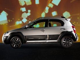 Ver foto 8 de Toyota Etios Cross 2013
