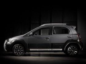 Ver foto 3 de Toyota Etios Cross 2013