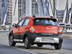 Ver foto 18 de Toyota Etios Cross 2014