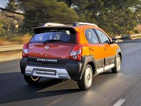 Ver foto 8 de Toyota Etios Cross 2014