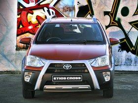 Ver foto 5 de Toyota Etios Cross 2014