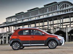 Ver foto 3 de Toyota Etios Cross 2014