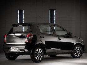 Ver foto 4 de Toyota Etios Platinum Hatchback 2014