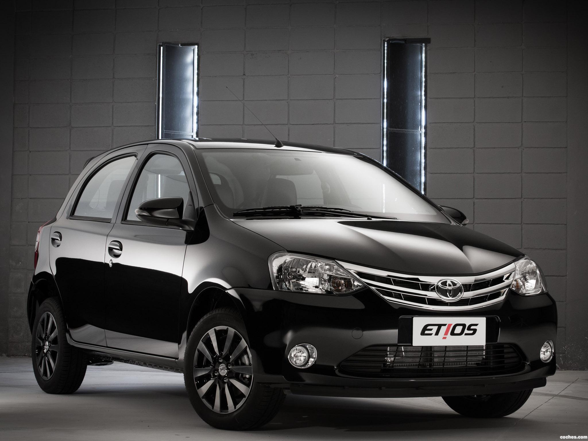 Foto 7 de Toyota Etios Platinum Hatchback 2014