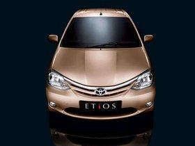 Ver foto 3 de Toyota Etios Sedan 2011
