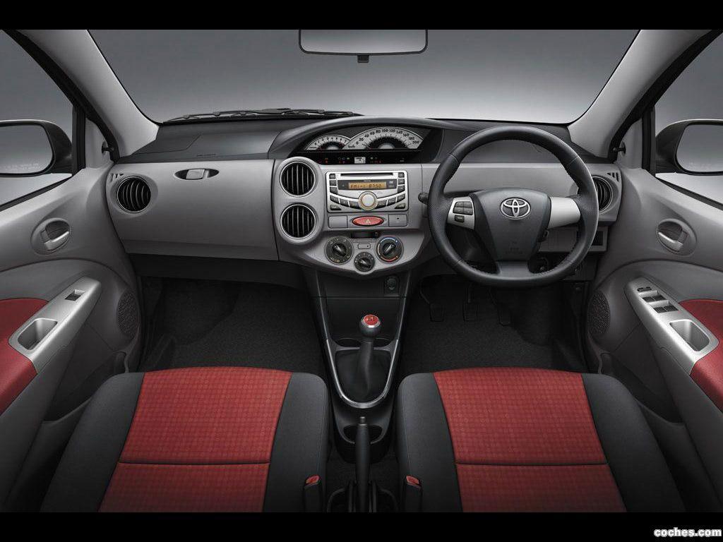 Foto 8 de Toyota Etios Sedan 2011
