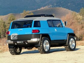 Ver foto 4 de Toyota FJ Cruiser Concept 2003