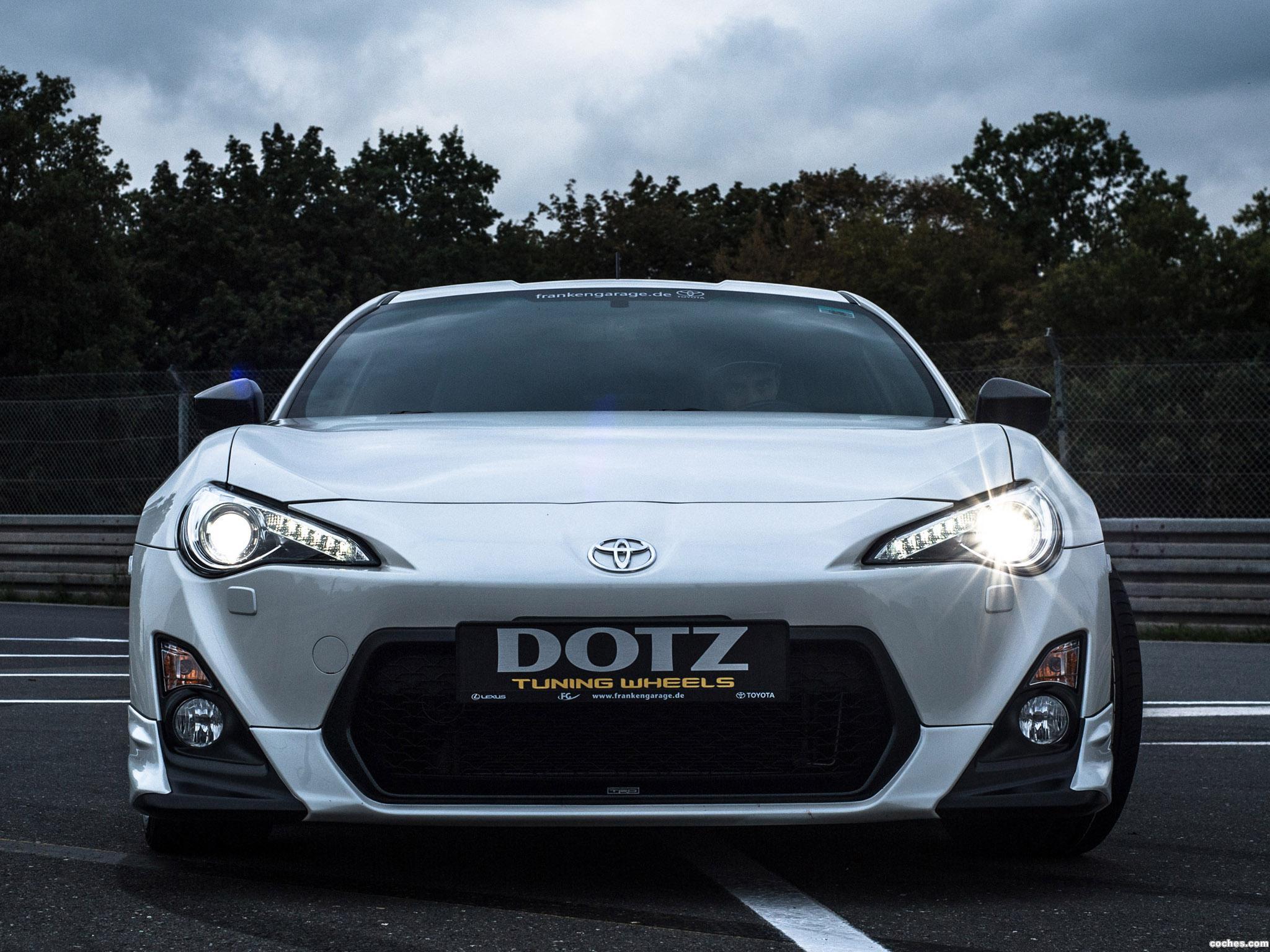 Foto 3 de Toyota GT86 Dotz Shift 2014