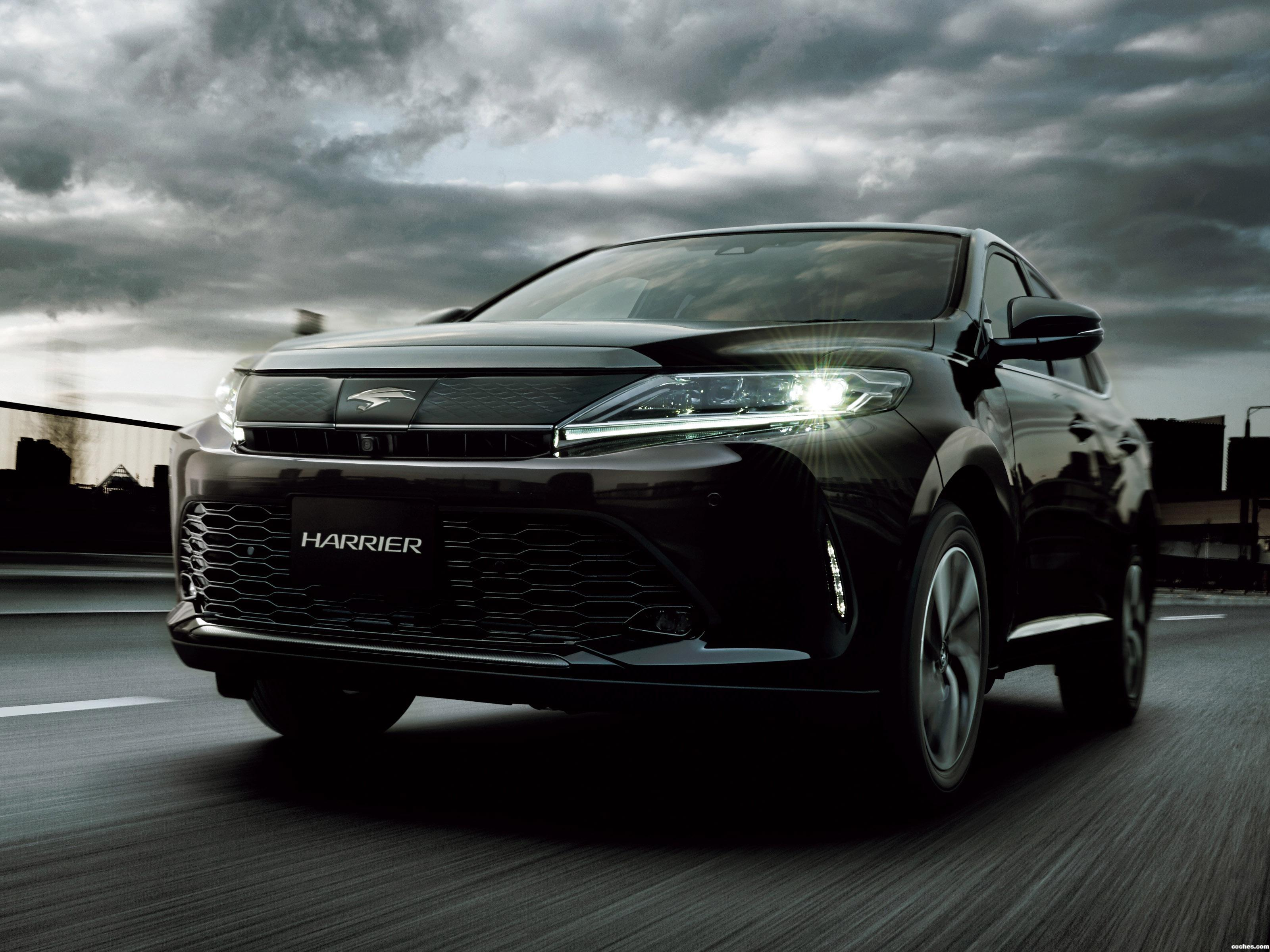 Foto 0 de Toyota Harrier  2017