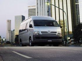 Ver foto 1 de Toyota HiAce Japan 2004