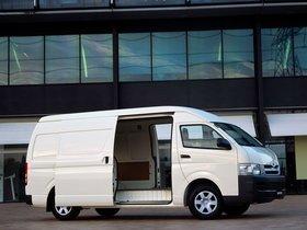 Ver foto 3 de Toyota Hiace Super LWB High Roof Van 2010