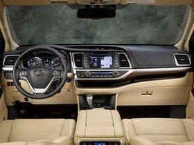 Ver foto 2 de Toyota Highlander Hybrid 2013