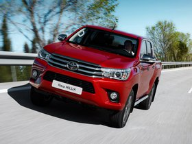 Ver foto 19 de Toyota Hilux Invincible Double Cab 2015