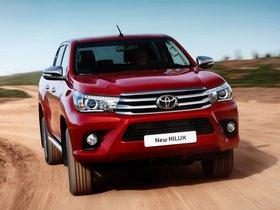 Ver foto 17 de Toyota Hilux Invincible Double Cab 2015