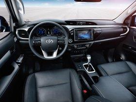 Ver foto 29 de Toyota Hilux Invincible Double Cab 2015