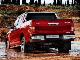Ver foto 10 de Toyota Hilux Invincible Double Cab 2015