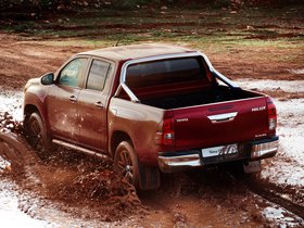 Ver foto 9 de Toyota Hilux Invincible Double Cab 2015
