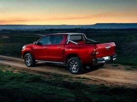 Ver foto 4 de Toyota Hilux Invincible Double Cab 2015