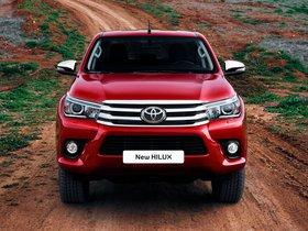 Ver foto 2 de Toyota Hilux Invincible Double Cab 2015