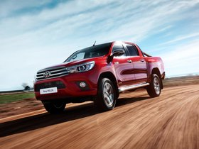 Ver foto 23 de Toyota Hilux Invincible Double Cab 2015