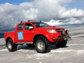 Ver foto 5 de Toyota Hilux Invincible Double Cab by Arctic Trucks 2009