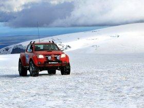 Ver foto 3 de Toyota Hilux Invincible Double Cab by Arctic Trucks 2009