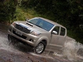 Ver foto 8 de Toyota Hilux SRV Double Cab 4x4 2012