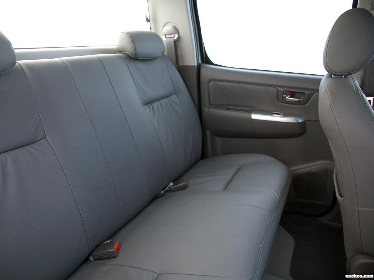 Foto 8 de Toyota Hilux SRV Double Cab 4x4 2012