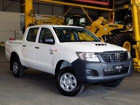 Ver foto 4 de Toyota Hilux WorkMate Double Cab 4x4 2011