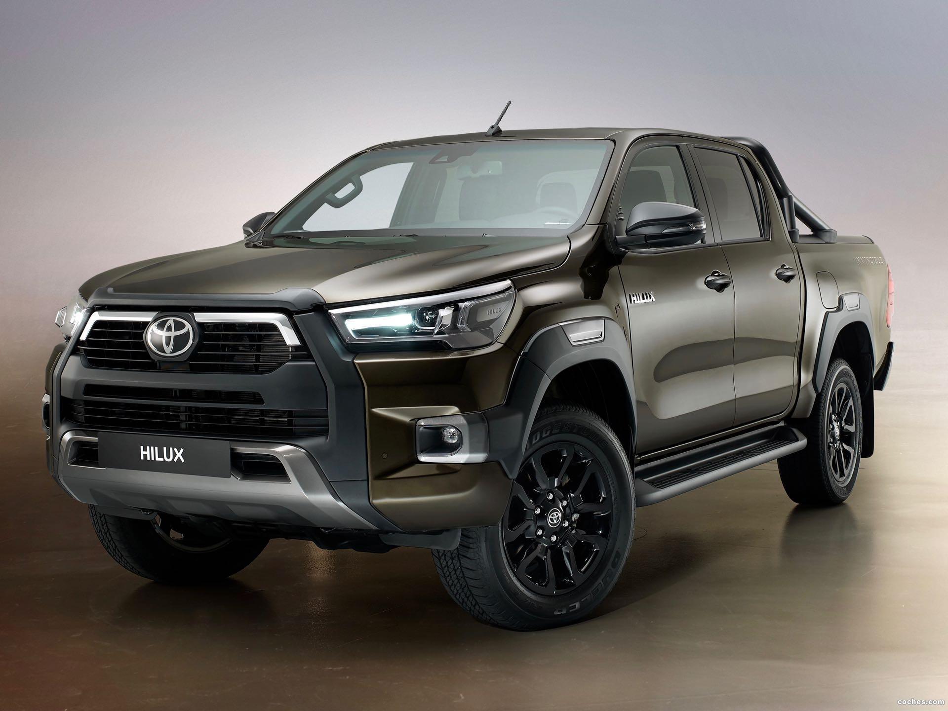 Foto 0 de Toyota Hilux Invincible 2021